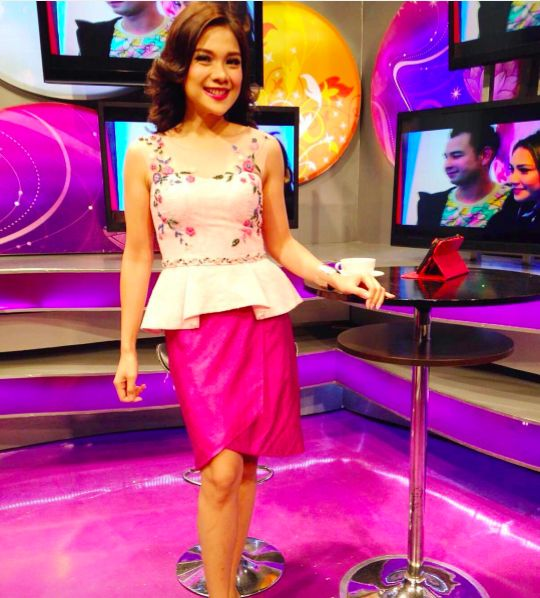 Dewi Kumala in #Namayinda for seleb.kom. #youxnamayinda