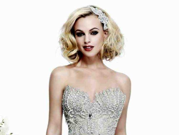 Robe bustier – 33 Idées de mariage et Promo #dress #hairstyle #id …   – Coupes de cheveux courts à la mode