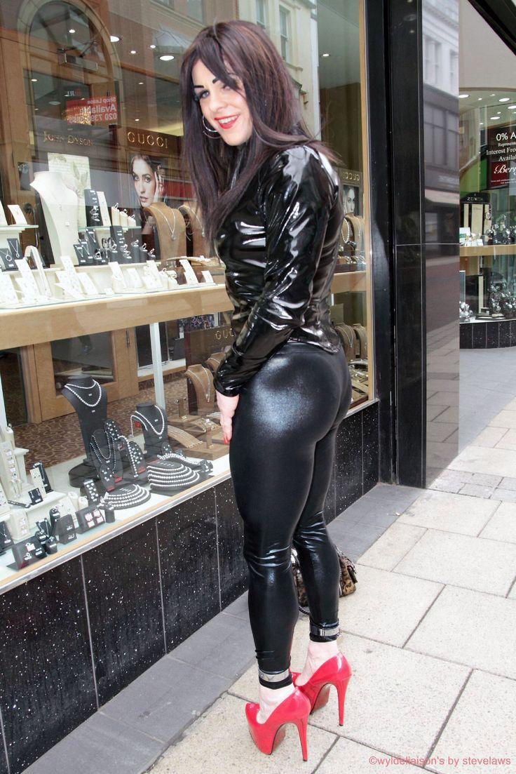 I took sissy window shopping! | SISSY III