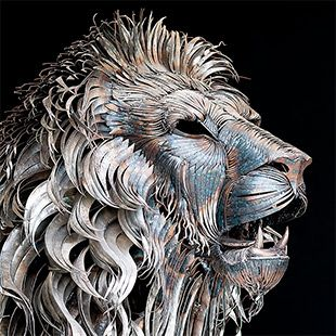Lion Made from 4,000 Pieces of Hammered Metal by Selçuk Yılmaz