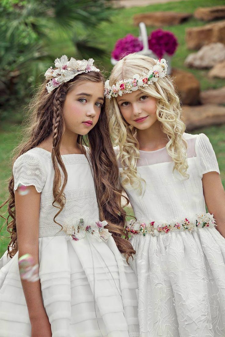 Follow @josefinahuertan Por fin ha llegado el día de daros a conocer The Little Dress, nuestra nueva colección de vestidos de comunión q...
