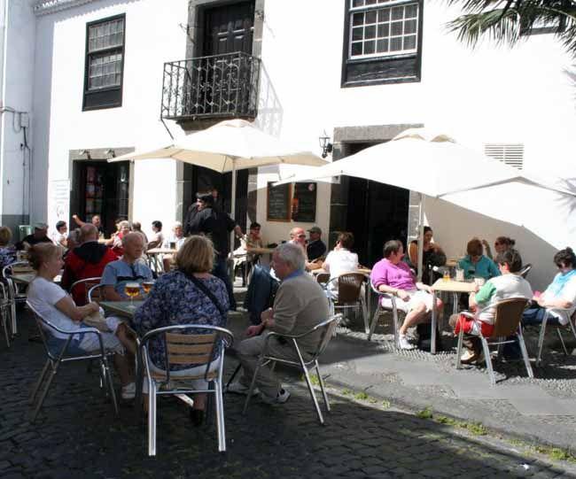 Bar-cafetería El Negresco  C/ Anselmo Pérez De Brito s/n  S/C de La Palma