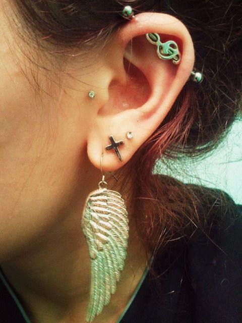 Week 10 of my industrial. Got my new treble clef bar in the mail today! :)