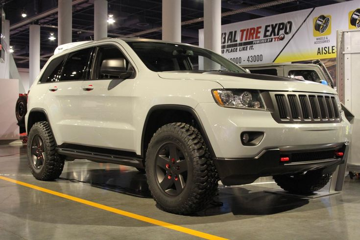 lifted 2005 jeep grand cherokee pictures | You are here: Photos > sema 2010 jeep grand cherokee off road edition