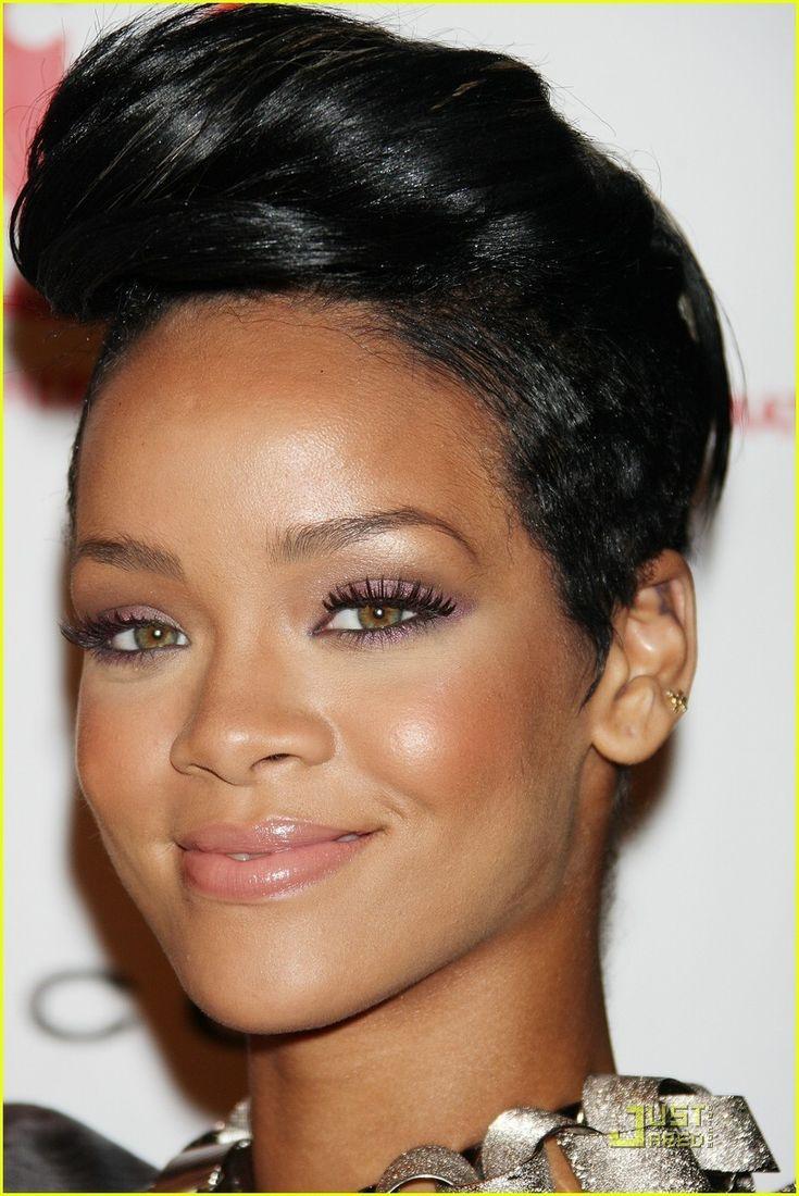 Google themes rihanna - Rihanna