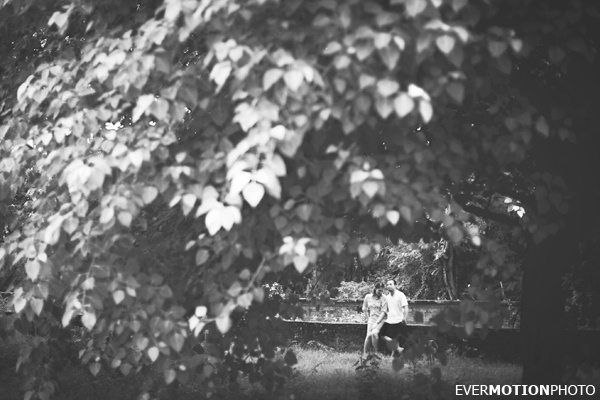 Engagement photos of Tanya + Ryan by EVERMOTIONPHOTO | Bali, Indonesia