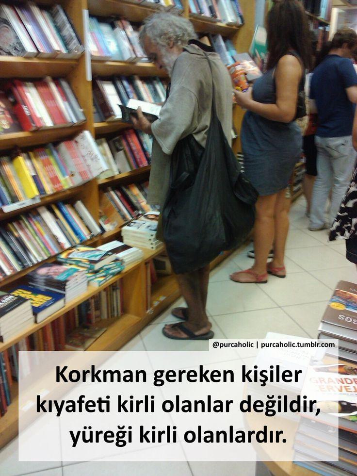Korkman gereken kişiler kıyafeti kirli olanlar değildir, yüreği kirli olanlardır. #sözler #anlamlısözler #güzelsözler #manalısözler #özlüsözler #alıntı #alıntılar #alıntıdır #alıntısözler #şiir #edebiyat
