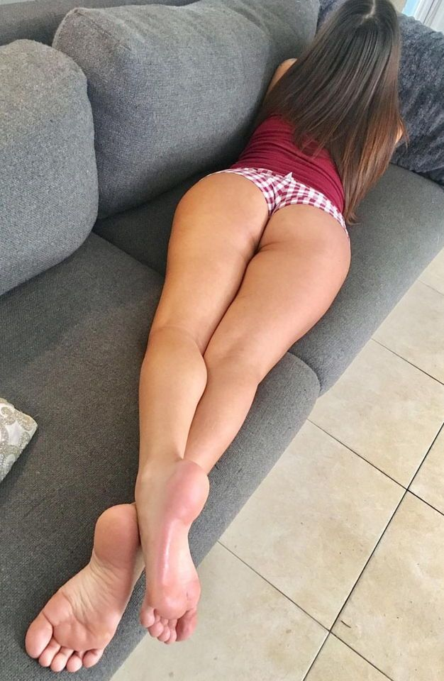 Gorgeous Bare Feet And Bare Bum Cheeks