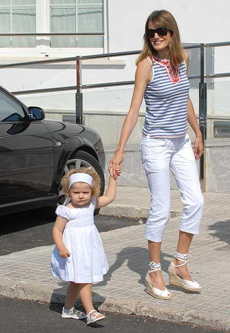 Princess @@@@@Letizia.............http://www.pinterest.com/PaolaElenaa/queen-letizia/