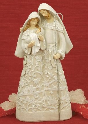 Papercut_look_holy_family_detail
