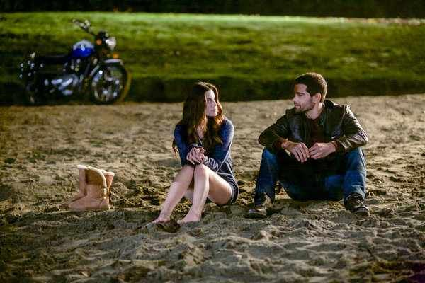 The Hallmark Channel sends out Press Release confirming 'Chesapeake Shores' will premiere on Sunday August 14, 2016