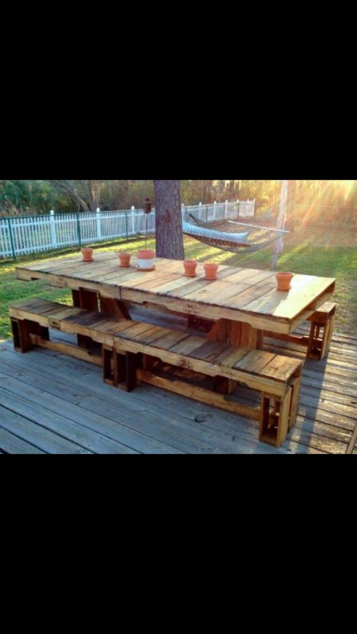 Tables made of pallets