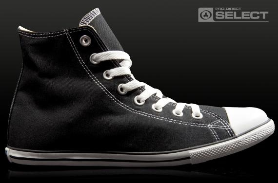 Converse - have to be slim. Otherwise: no-no. Mine are suede in black.