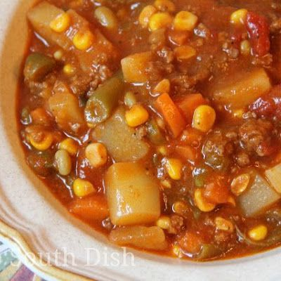 Ground Beef Hobo Stew @keyingredient #crockpot #slowcooker #recipes #bacon #soup #vegetables #tomatoes #italian