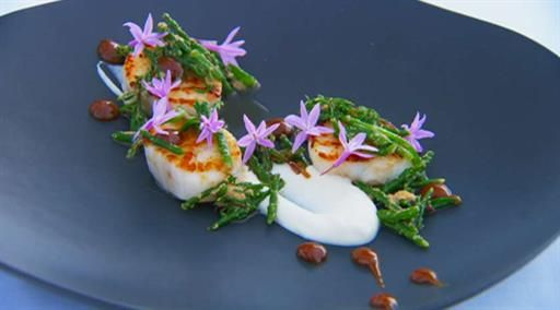 Scallops with sea vegetables and cauliflower puree | MasterChef Australia