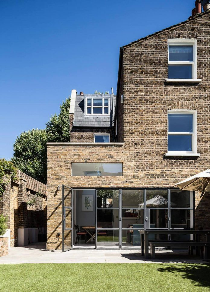 Slot House by AU Architects remodels a London end of-terrace house - CAANdesign | Architecture and home design blog