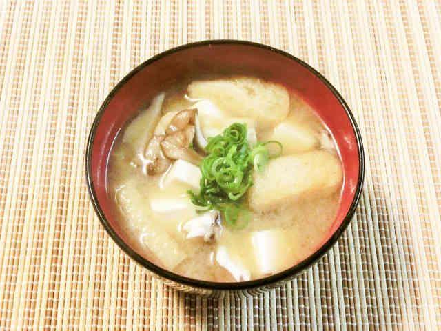 舞茸・豆腐・油揚げの味噌汁~♪の画像