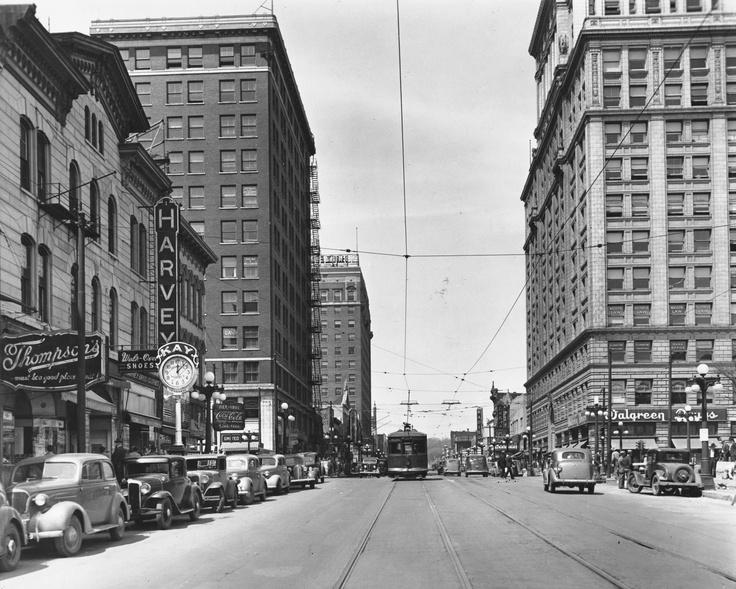 Downtown Peoria Il 1920 S In 2019 Peoria Illinois East