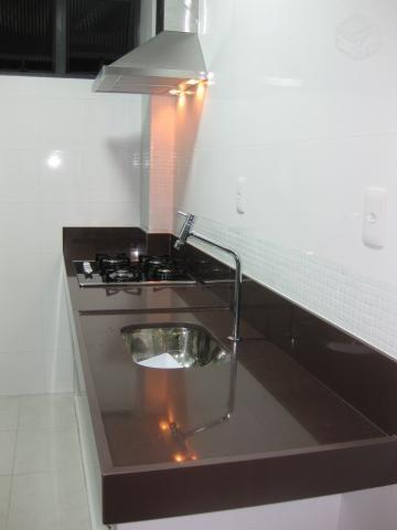 Bancada de cozinha granito marrom absoluto                                                                                                                                                                                 Mais