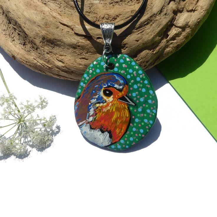 Robin Red Breast Hand Painted Necklace Pendant, Painted Pebble Art, Wild Birds, Bird Jewellery, Robin Art, Wearable Art, Jewelry Gift