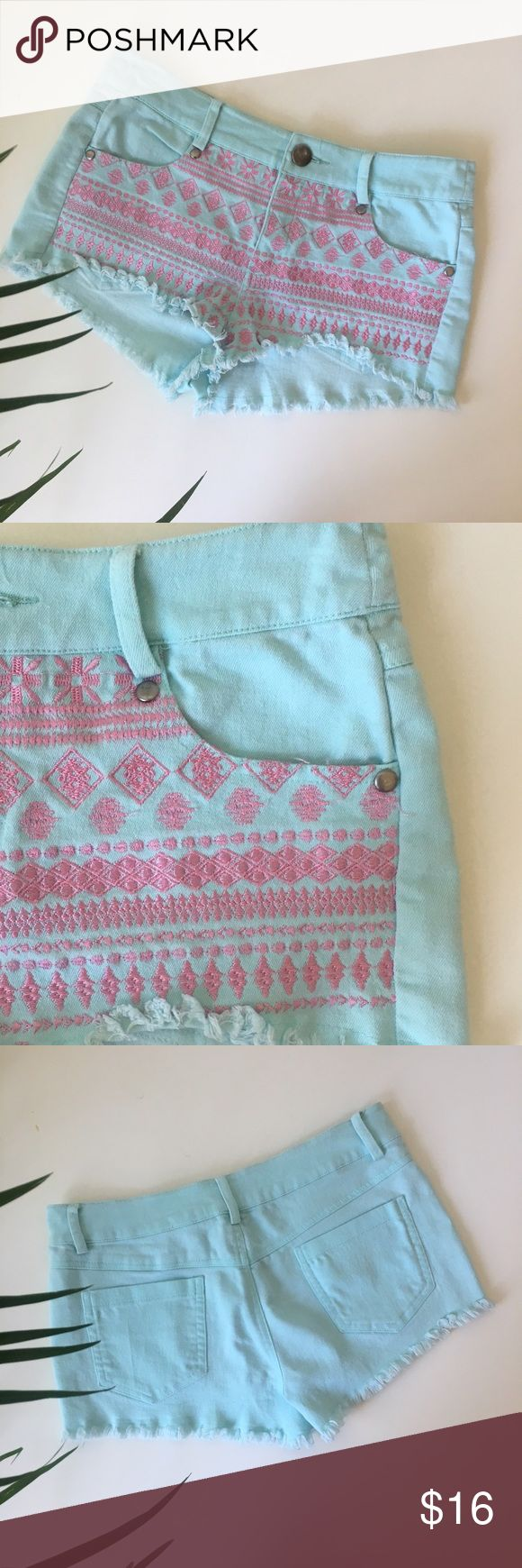 "Mustard seed shorts Mustard seed Cute mint green shorts with pink embroidery all over the front. Waist:14"" raise:8,5"" height 7,5 please feel free to ask me any questions! I'm always talking reasonable offers!!! (all measurements are approximate) Mustard Seed Shorts Jean Shorts"