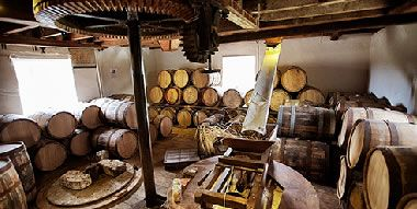 Nant distillery in Bothwell, Tasmania is a stunning location with some excellent cask strength whiskies and top Tasmanian produce in the restaurant.
