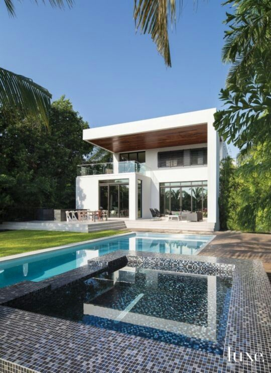 Contemporary Home and Garden with pool and hot tub   #poolside #pools #pool