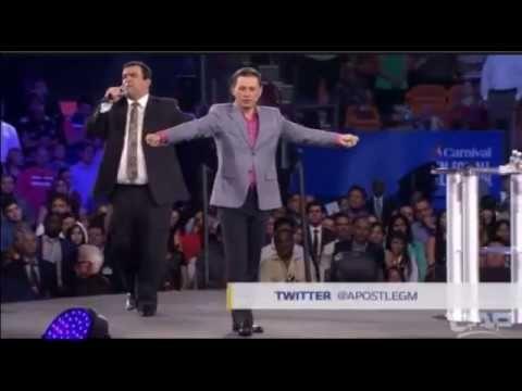Cash Luna confiesa que es un falso profeta culpando a Dios