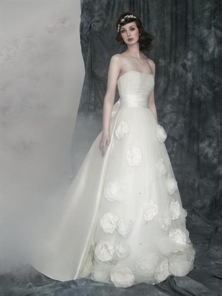 Изготовление цветов на свадебное платье
