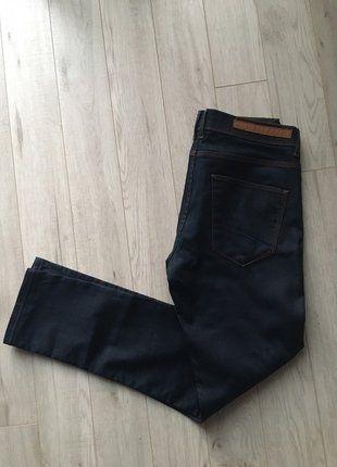 Kup mój przedmiot na #vintedpl http://www.vinted.pl/odziez-meska/dzinsy/15632095-spodnie-jeansowe-ciemne-zara-man-rozmiar-46