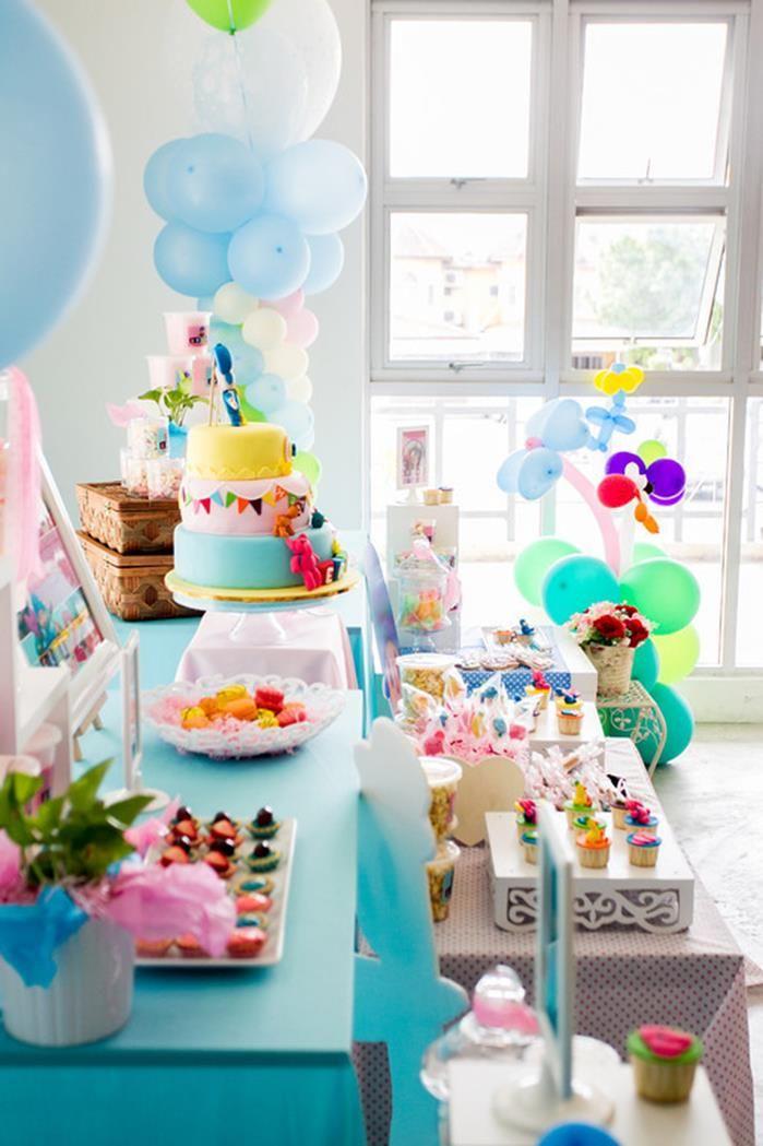 Girly Pocoyo Party with LOTS of CUTE Ideas via Kara's Party Ideas | KarasPartyIdeas.com #GirlParty #Pocoyo #Planning #Idea #Decorations