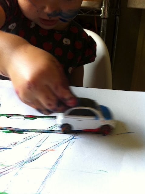 painting with carsCarse Maybe, Activities Kids, Listcar Painting, Kids Stuff, Kids Secret, Cars Crafts, Childhood Lists Cars, Kids Activities, Lists Cars Painting