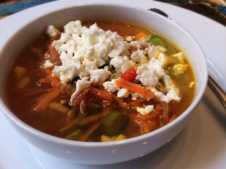 Soppa på morot och ingefära med fetaost