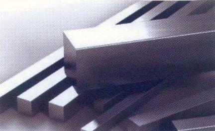 Квадрат калиброванный сталь AISI304 (08Х18Н10)