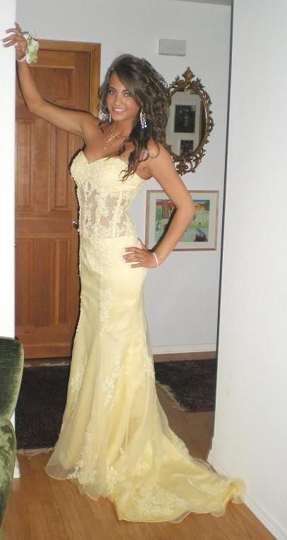 $150.00 yellow clearance prom dress