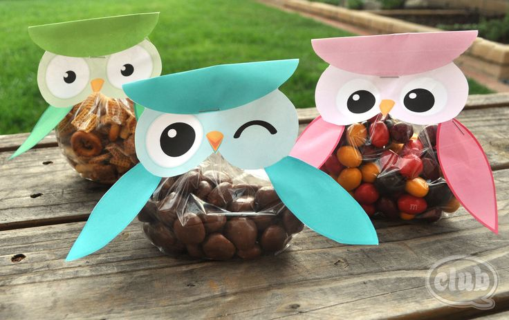 Owl treat bags (Free Printable) -Nice for a graduation party as well!!! @Matina Kaidantzi