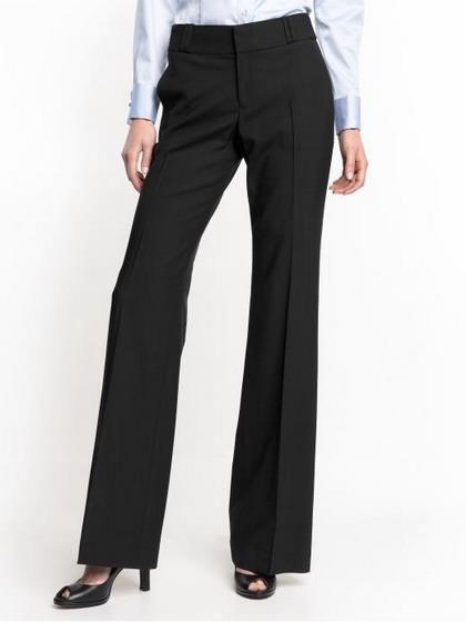 Как выглядят женские классические брюки