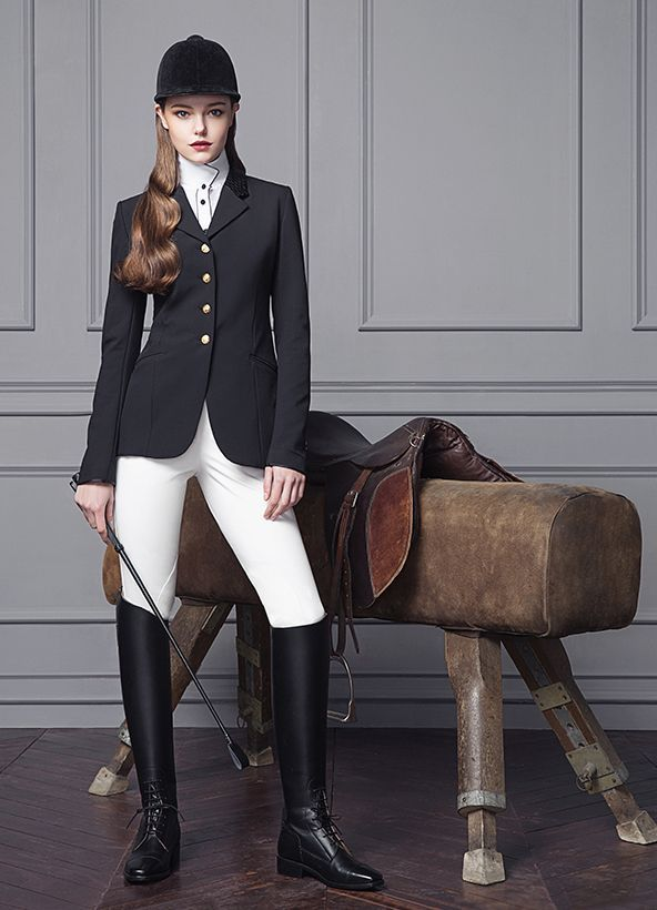 chic equestrian outfit