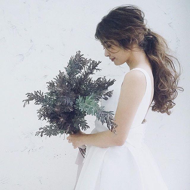 昨日の撮影楽しかったな hair yuudai model 嫁 make @cheke0820 flower @atsushi.yoshikawa dress @fiorebianca_wedding supporter @hajime.1201 ・