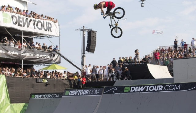 Photo Gallery: Best of Saturday in Ocean City | Alli Sports Action Sports #dewtour 2012