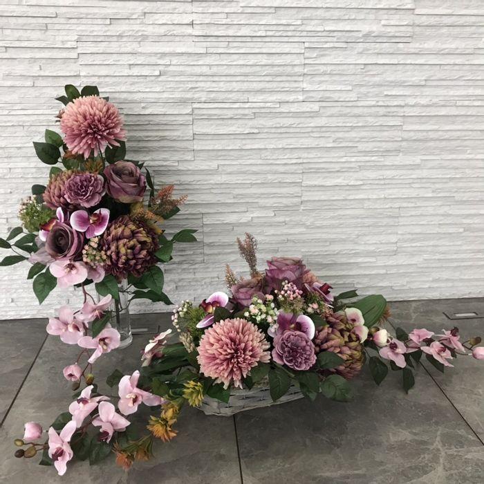 Stroik Na Grob Kompozycja Bukiet Memorial Flowers Cemetery Flowers Funeral Floral