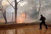 Εννέα νεκροί μεταξύ των οποίων και παιδιά από πυρκαγιά σε πάρκο με τροχόσπιτα στο Δουβλίνο
