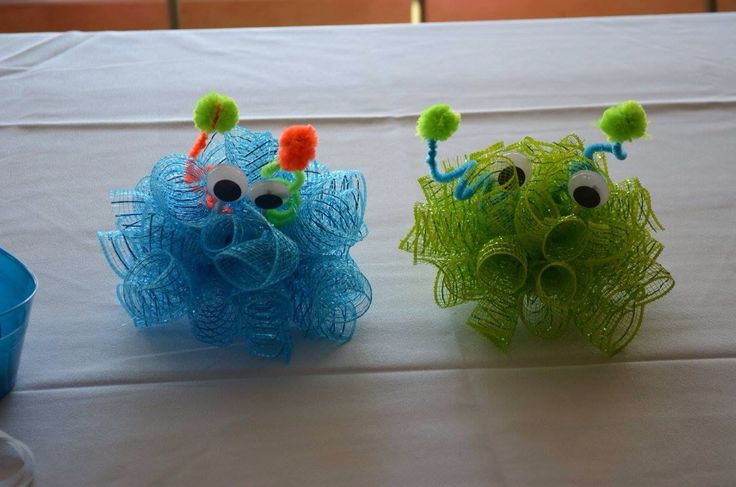 monster bash, monster party, monster theme, baby boy party, baby boy first birthday, monster decor, monster table decorations, monster centerpieces, green and orange monsters, green and orange monster decorations, neon monster party