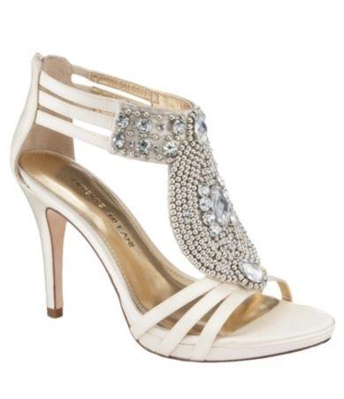 Bridal Shoes #shoelove #lacelebrant