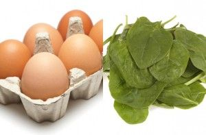1 medium egg: 78 calories60g fresh spinach: 16 caloriesTotal calories = 94An omelette is a great choice for breakfast. Protein-packed egg and spinach, which is rich in iron - what more could you want? Crack and whisk the egg in a cup and then add to a small non-stick frying pan. Wait until the bottom of the omelette is cooked and then top with spinach and grill. Salt, pepper and some herbs will add some flavour to the egg.
