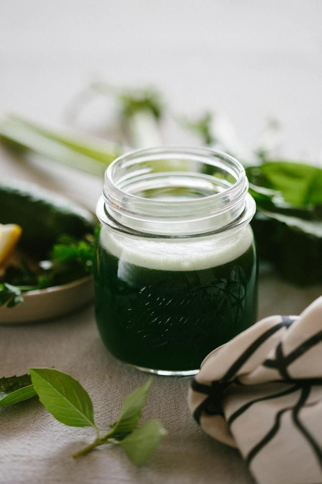 3 Green Beauty Juices to Ease Into Fall   http://hellonatural.co/3-green-beauty-juice-recipes/