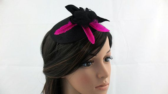 Headpiece decorated with feathers in a contrasting by JPPDESIGN, zł187.00