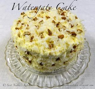 Watergate Cake/Secret Cover up Frosting  http://auntnubbyskitchen.blogspot.com/2012/12/watergate-cake.html