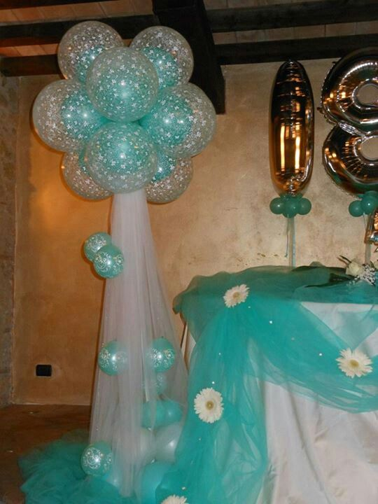 Cluster column with fabric balloon ideas pinterest for Balloon cluster decoration