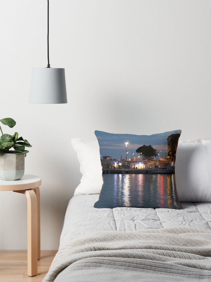 #bag #sac #water #eau #port #harbour #niceislove #Ilovenice #NiceMoments #nissalabella #cotedazur #cotedazurnow #riviera buy online #art #goodies #gift #Kunst #Geschenck #cadeau achetez en ligne ! By w.s.m. #photo #picture  ih0.redbubble.net